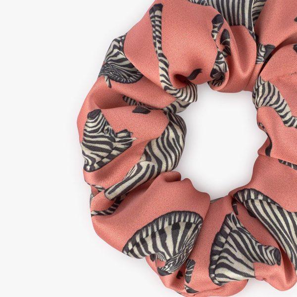 wouf zebra en alicia scrunchie