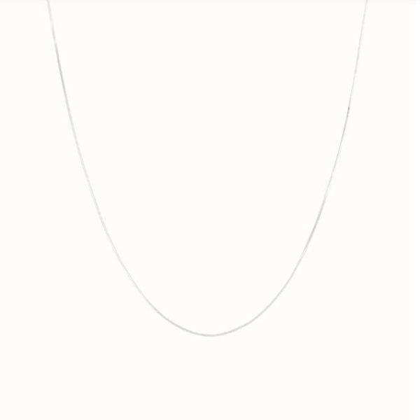 Flawed Plain affair ketting zilver